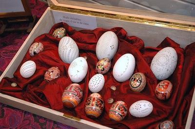 vitrine divers œufs Ines